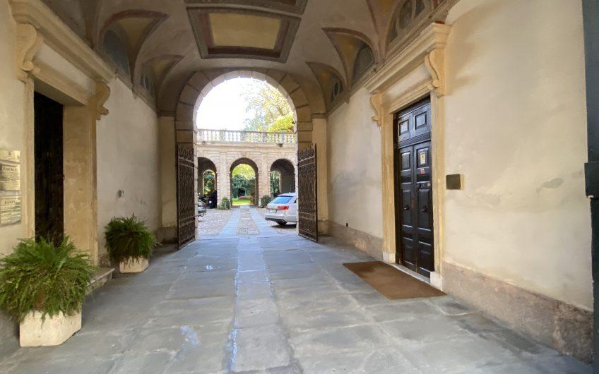 Centro storico bilocale arredato