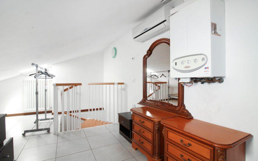 Borgo roma bilocale con mansarda